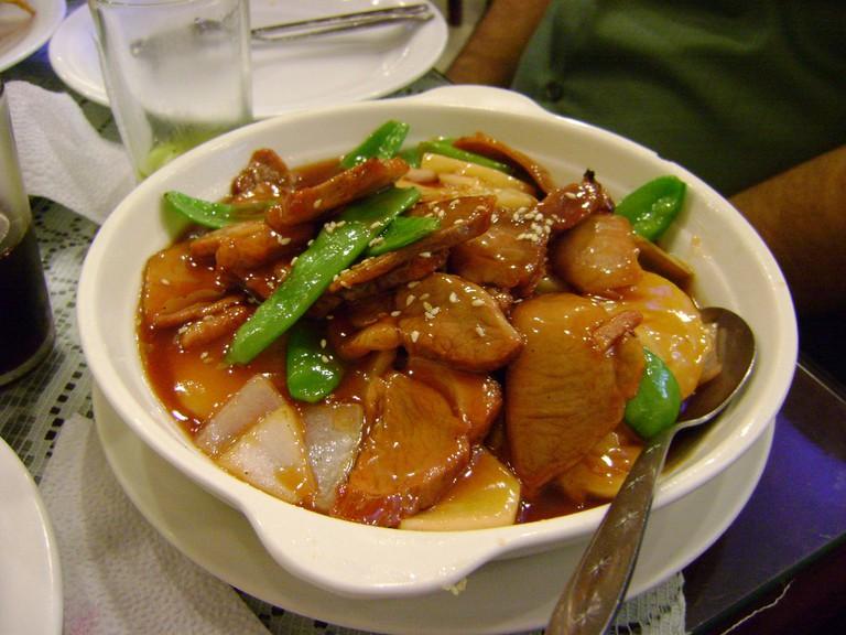 A plate of chifa cuisine