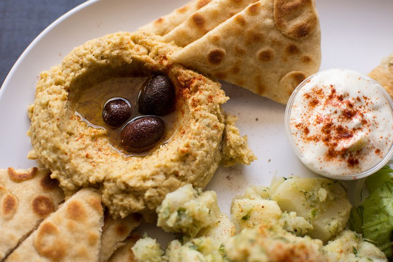 Greek hummus with pita bread