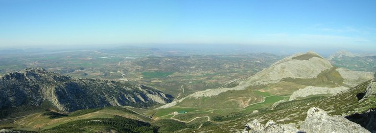 The mountains north of Malaga offer some incredible cycling routes