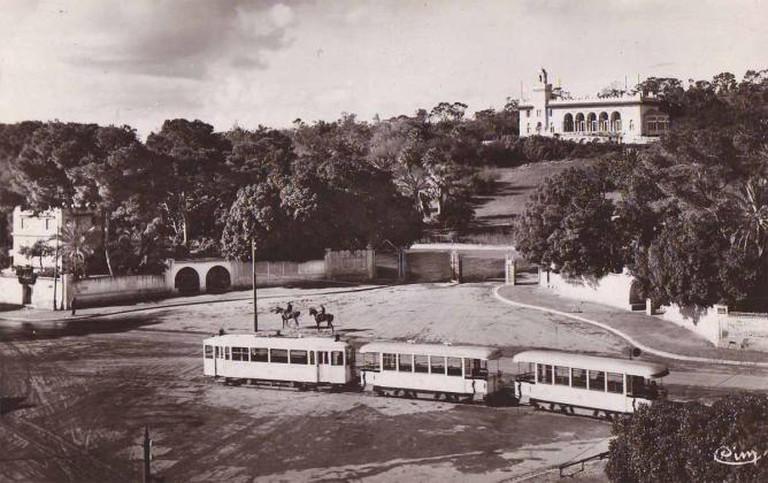 Tunis - Tramway aux portes du Belvédère Collection personnelle Bertrand Bouret