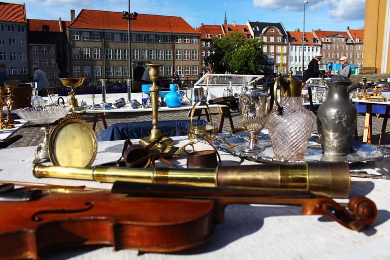 Thorvaldsens Plads Antique Market