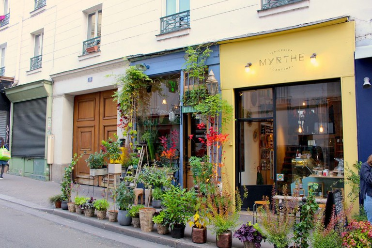 Streetfront at Bleuet Coquelicot