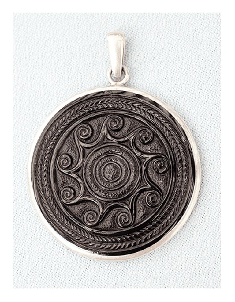 Medallón de Azabache, Galicia