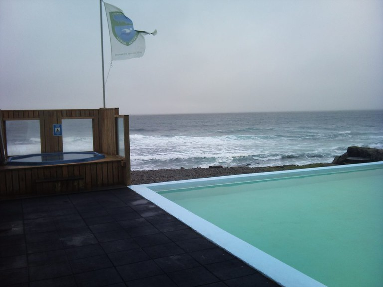The swimming pool in Krossnes