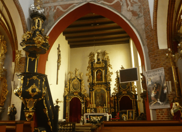 Gorgeous Interior in St. Matthew's Church