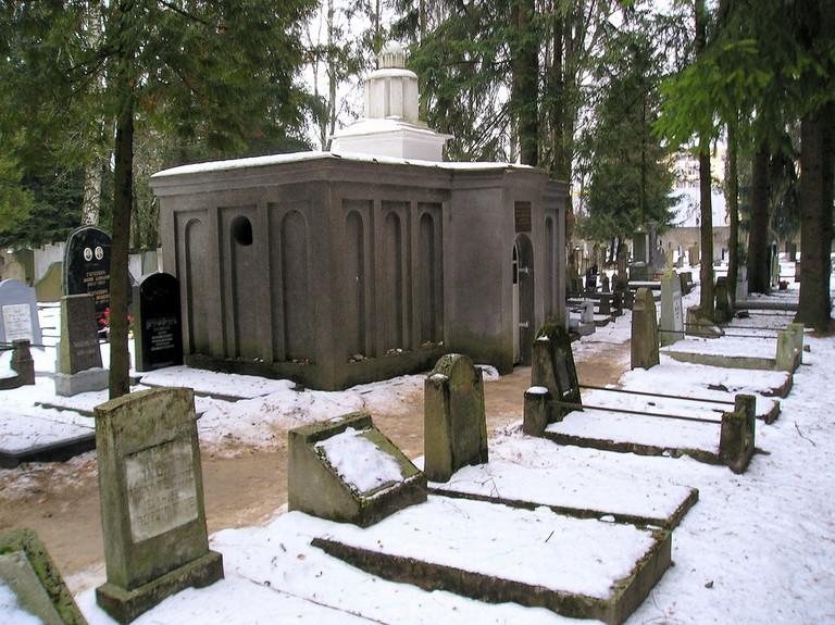 Vilna Gaon grave
