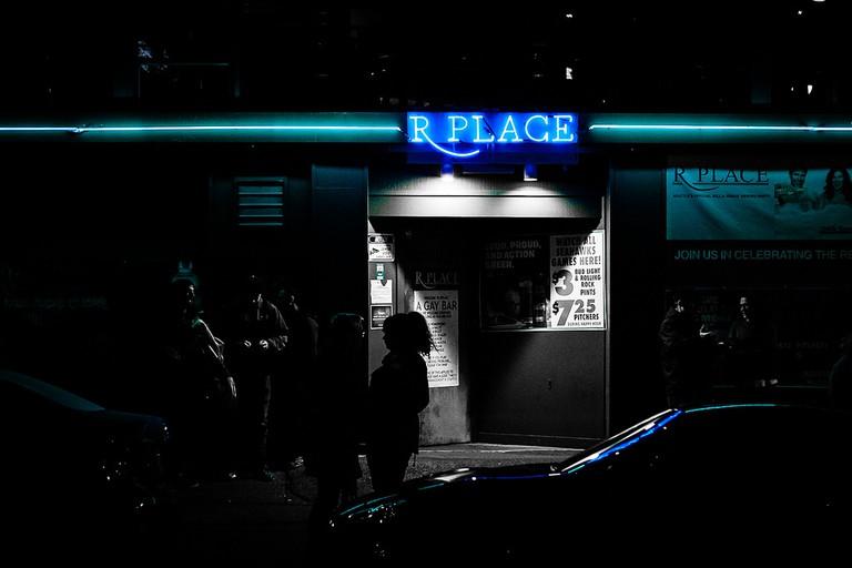 R Place