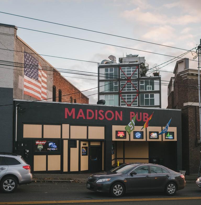 Madison Pub