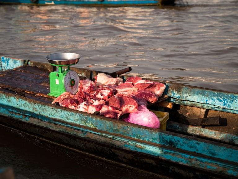 Mobile meat market