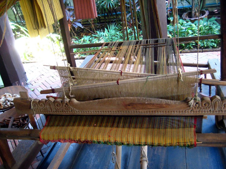 Weaving demonstration at Kamthieng House Museum