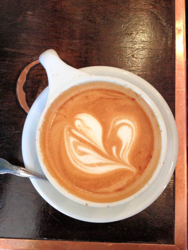 This beautiful latte just wants to make you happy.