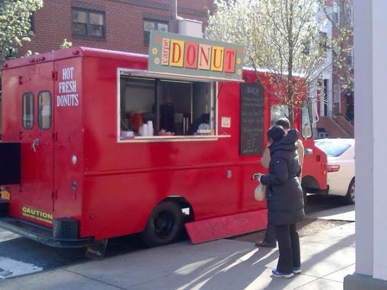 Carpe Donut truck