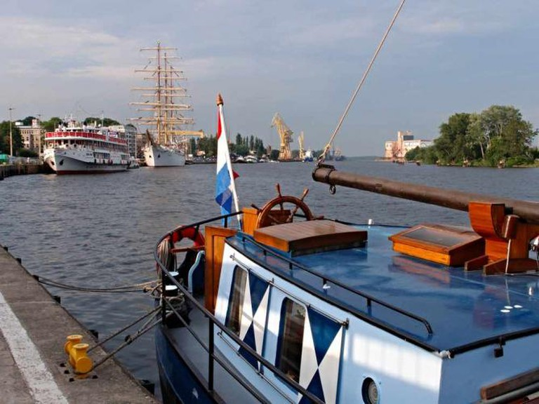 The Ładoga and other ships on the Oder river
