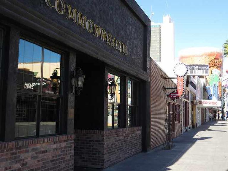 Commonwealth Bar