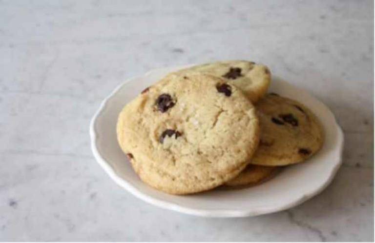 Vegan Salted Chocolate Chip Cookie