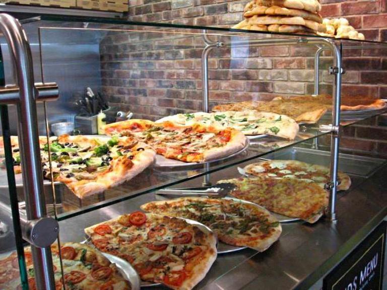 Pizza Counter