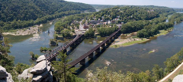 2010-09-02-Harpers-Ferry-From-Maryland-Heights-Panorama-Crop