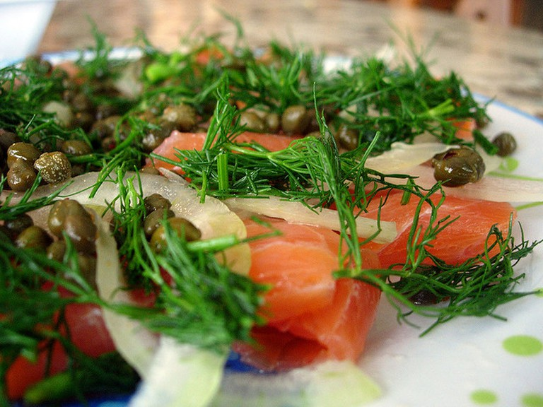 Smoked salmon with Dill and Capers