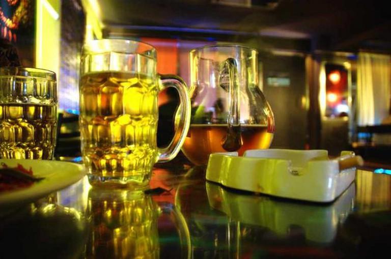 cd /pub; more beer