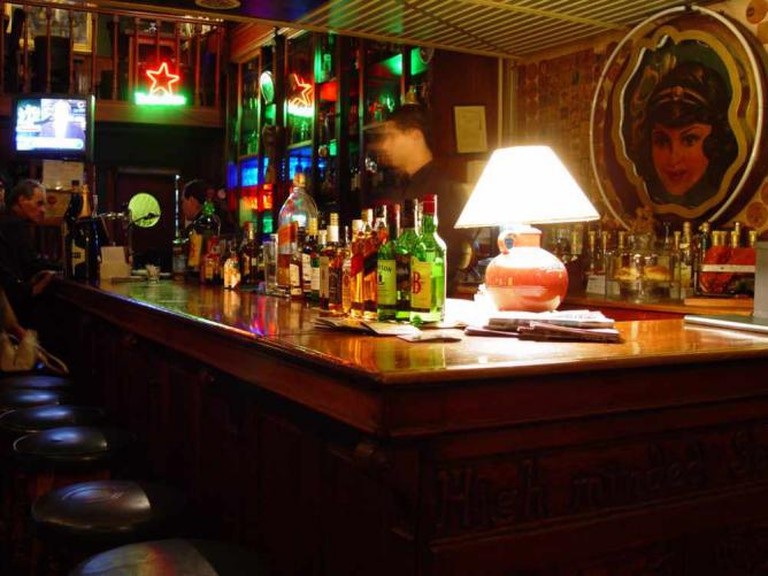 A Creative Commons Image: Bárbaro's bar