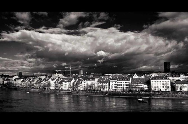 Sääli, Basel