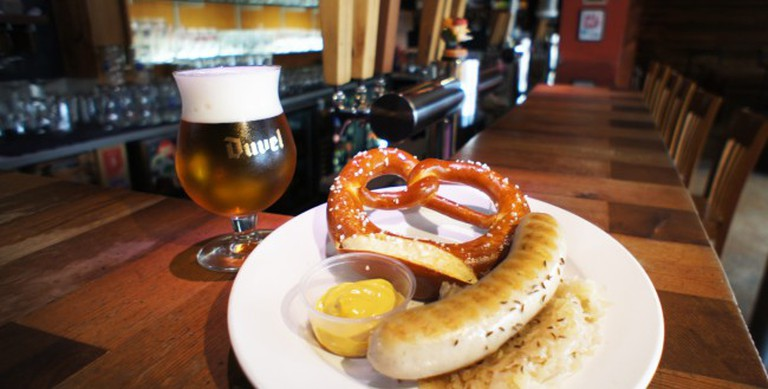 Indie's Bratwurst and Beer