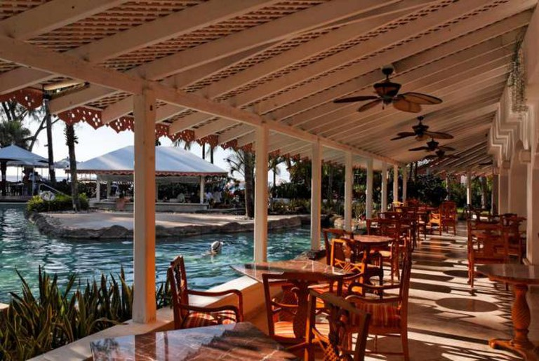 Atlantis Hotel, Saint Joseph