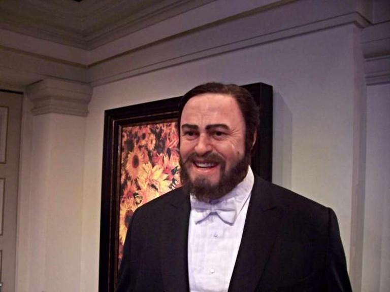 Statue of Pavarotti