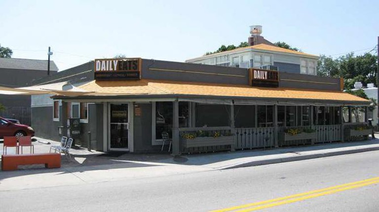 Nicki's Omelette & Grill, Tampa
