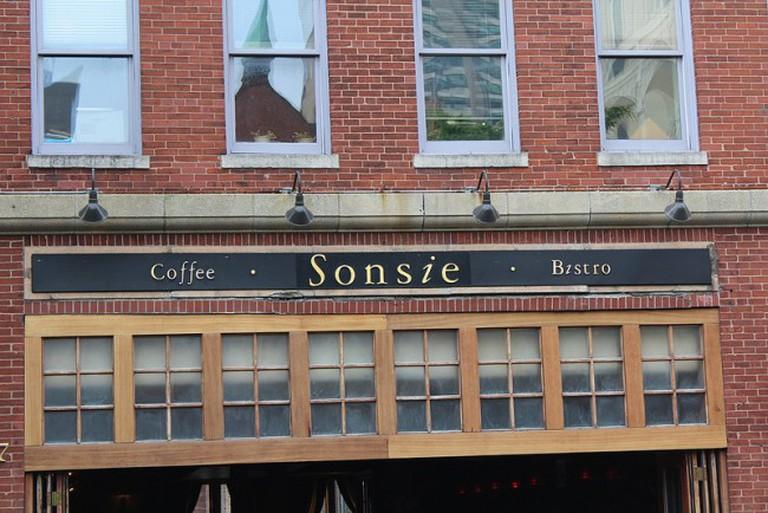 Sonsie