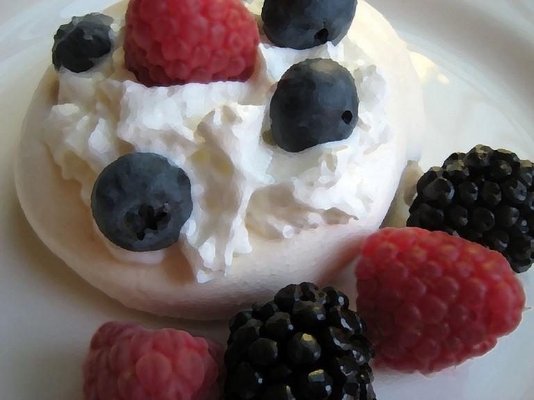 Egg White Pavlova