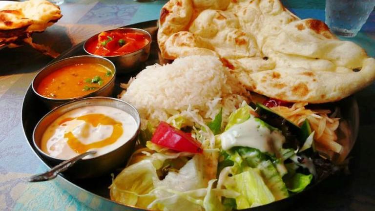 Vegetarian Curry [Indian Thali]
