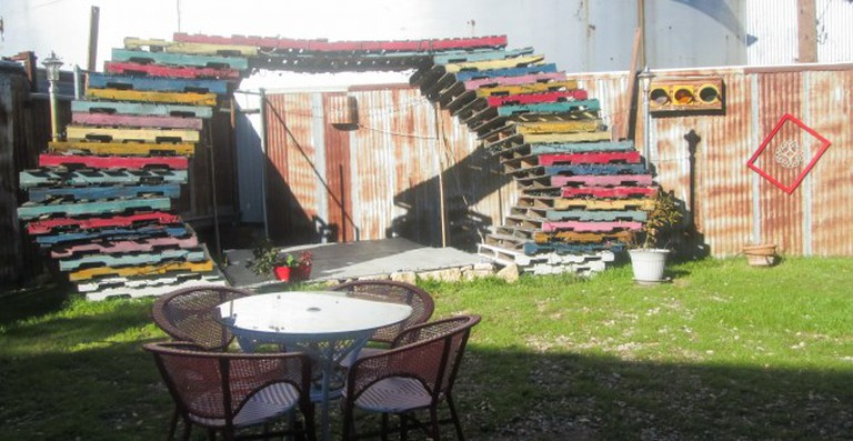 Backyard Pallet Stage