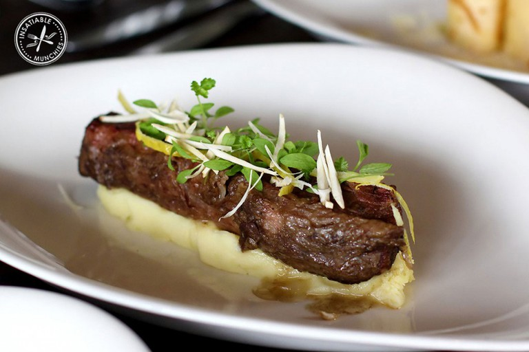 Braised short ribs with creamy mash