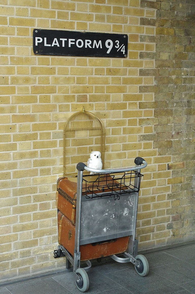 Platform 9 3/4 at King's Cross