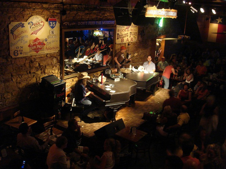 Pete's Dueling Pianos