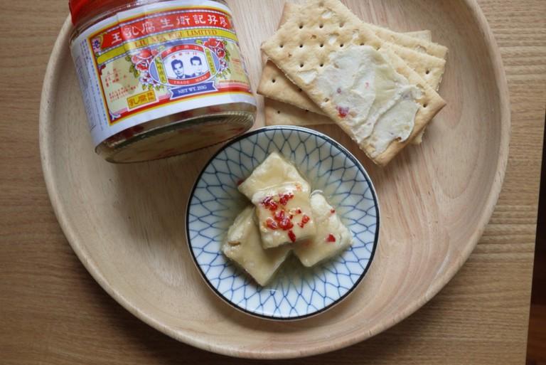 Liu Ma Kee Beancurd and Crackers