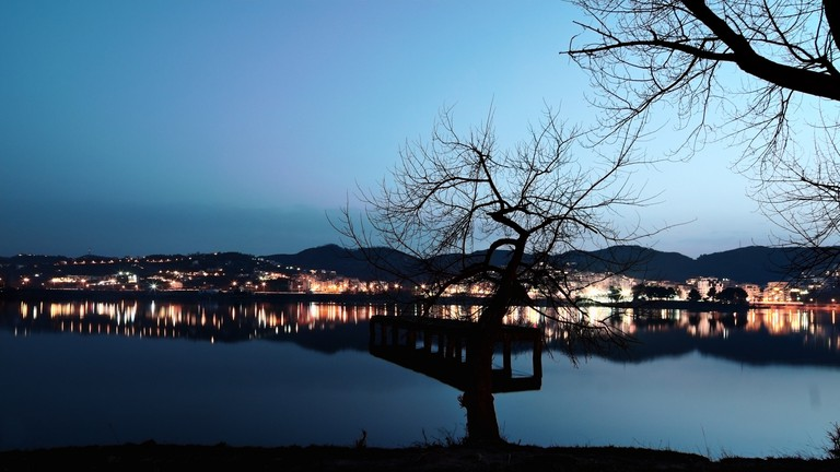 tirana-artificial-lake