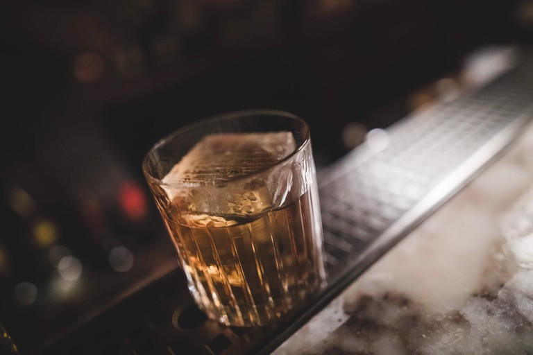 Gilt-Cocktail-bar-Copenhagen