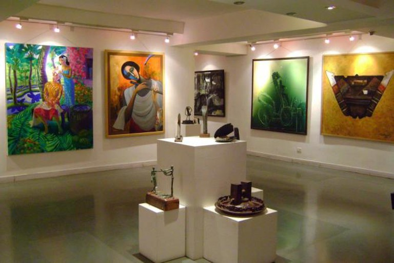 56-238813-samanvai-art-gallery