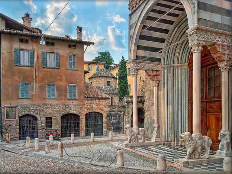 The entrance to the Basilica di Santa Maria Maggiore