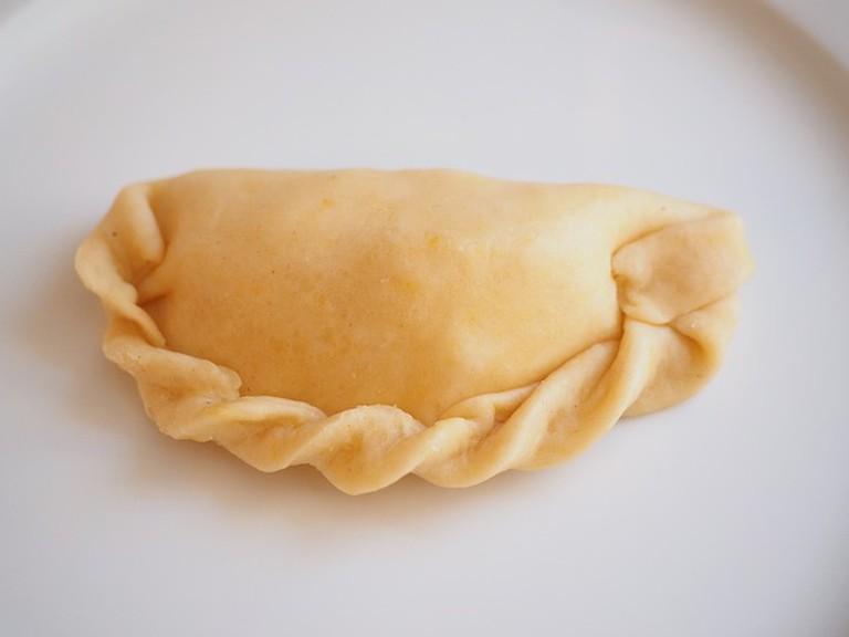 Plaited empanada