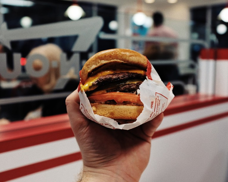 In-N-Out-Fast-Food-Burger-California