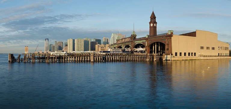 Hoboken_Terminal_May_2015_panorama_2