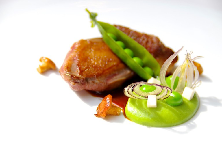 Enjoy perfectly crafted dishes at Le Chapon Fin