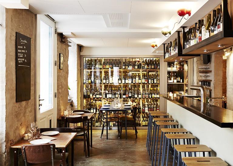 Manfreds-restaurant-sustainable-wine bar