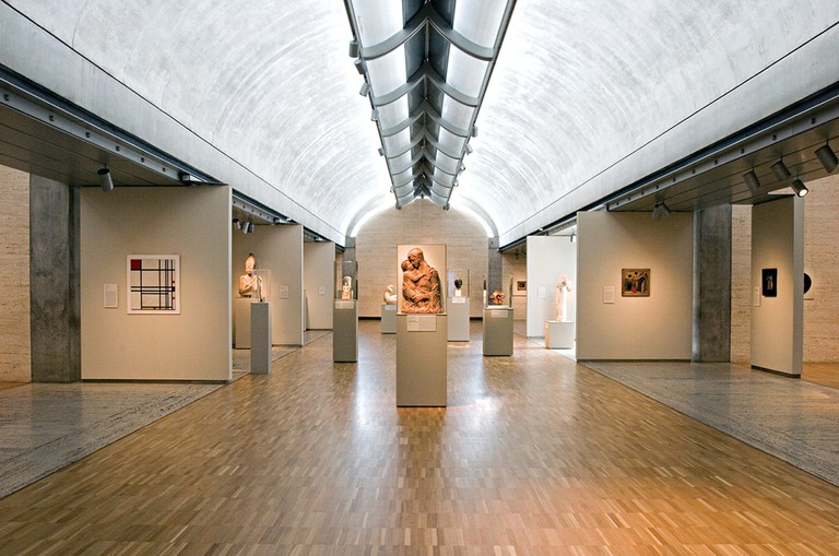 The Kimbell Art Museum has a permanent collection of 350 pieces of art