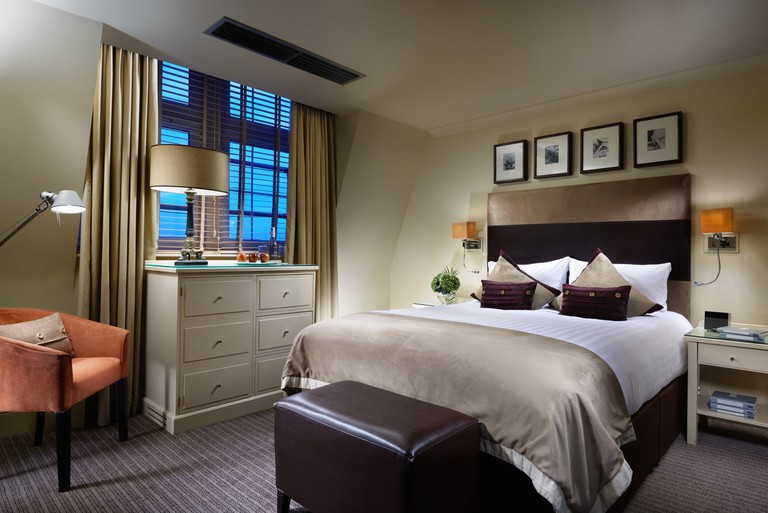London_Bridge_Bedroom_1_Jack_Hardy_2014 (Large)