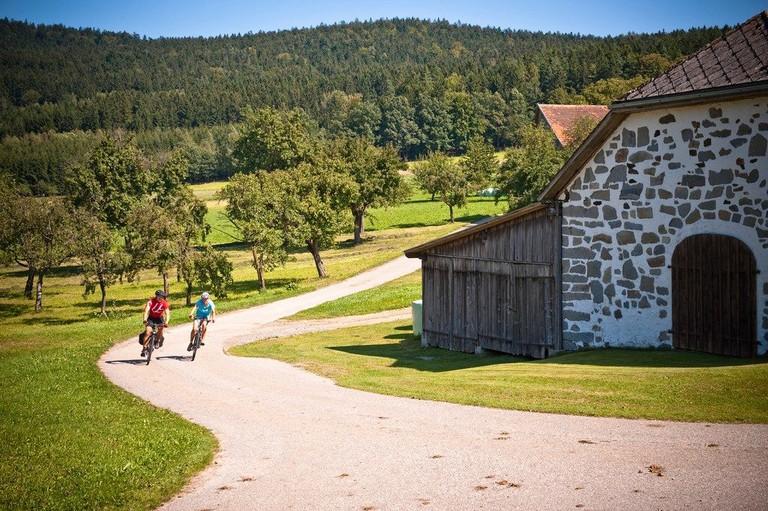 lowres_00000033033-the-muehlviertel-bike-path-ooe-tourismus-erber-edited-1024x681