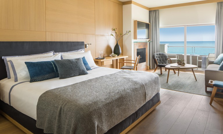 Malibu Beach Inn Room